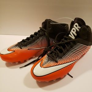 Nike Futbol cleats size 14.5